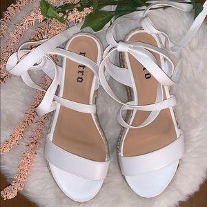 🆕White Lace-up Cork Platform Sandals!